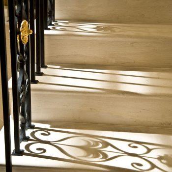 4-cantilevered-staircase-in-moca-creme-portuguese-limestone-(2)