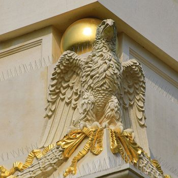 A-completed-eagle-in-Massangis-Claire-(French-Limestone)-following-4-weeks-of-hand-work-finishing