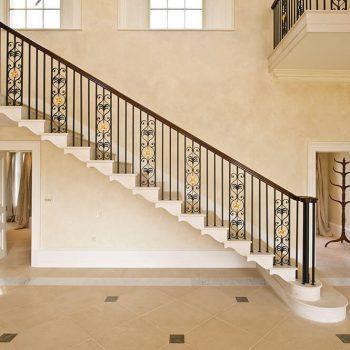 Cantilevered-staircase-in-moca-creme-portuguese-limestone-(1)