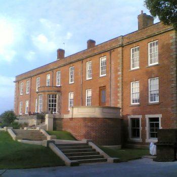 solid-balustrade-in-Stoke-Ground-Base-Bed-(1)