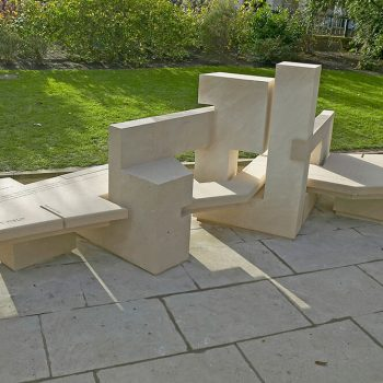 Bench-seat-in-Portland-Stone-Central-London-(1)