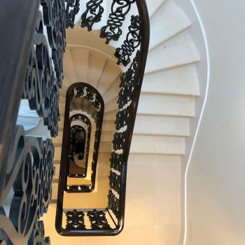 Cantilever-Staircase-in-Portland-Stone-(2)