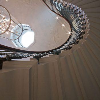 Cantilevered-stone-staircase-in-Rosal-portuguese-limestone-with-ogee-soffit-(2)