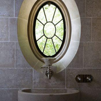 New-eliptical-stone-window-in-Massangis-Jaunne