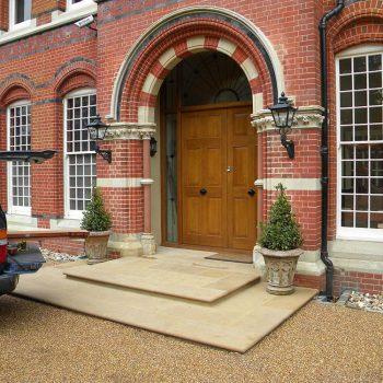 Restored-masonry-Brickwork-and-steps-in-Bath-and-Yorkstone