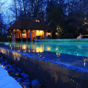 Swimming-Pool-in-heavily-antiqued-Massangis-Beige-Claire-and-reclaimed-french-limestone-paving-(3)